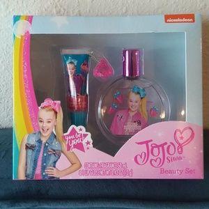 Other - Jojo Siwa Beauty Gift Box